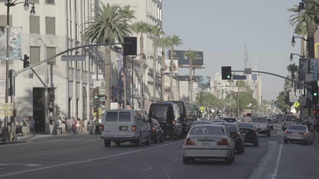 vídeos de stock e filmes b-roll de los angeles - hollywood blvd - 2015
