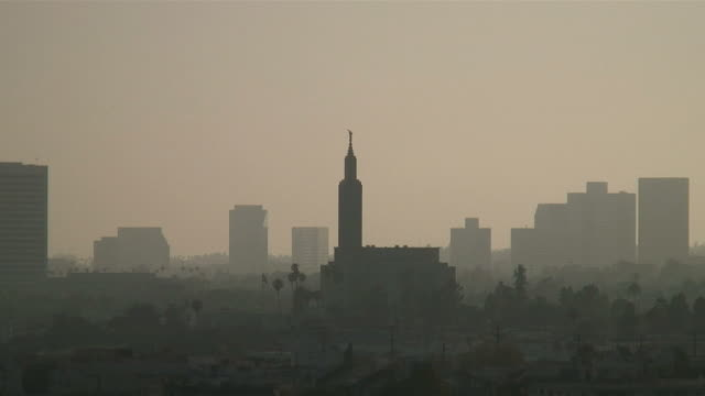 (hd1080i) los angeles: mormon temple / tabernacle through hazy sunshine - mormon temple stock videos and b-roll footage