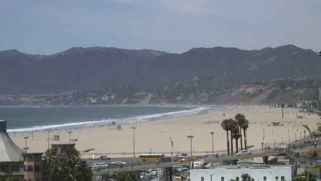 (HD1080i) Los Angeles: Santa Monica Beachscape with Pier Traffic