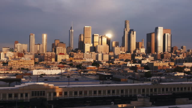 vidéos et rushes de los angeles skyline - comté de los angeles
