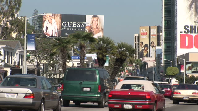 los angelesview of sunset plaza sign in sunset blvd in los angeles united states - sunset boulevard stock-videos und b-roll-filmmaterial
