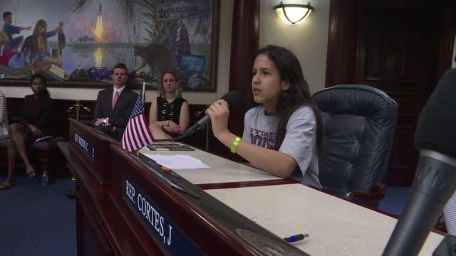 vídeos y material grabado en eventos de stock de los chicos de parkland exigieron el miercoles un mayor control en la venta de venta en estados unidos en su primer encuentro con legisladores... - ee.uu