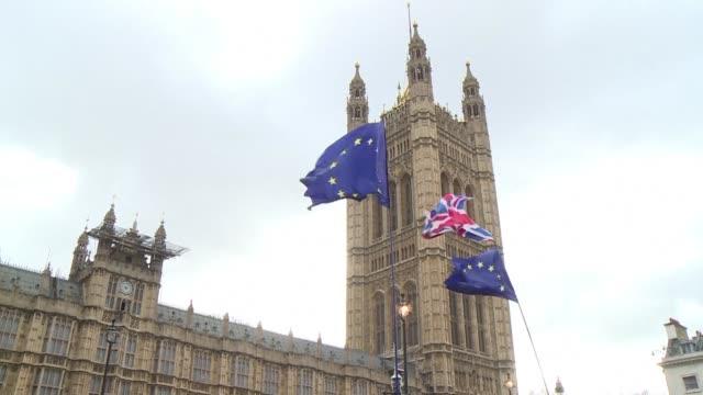 los diputados britanicos votaron el miercoles contra la posibilidad de un brexit abrupto de catastroficas consecuencias pero sin definir como... - aprobado stock videos & royalty-free footage