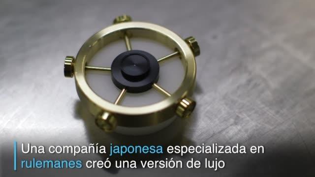 los fanaticos de los populares spinner tienen un nuevo desafio superar el creado por la empresa japonesa nsk que logra una rotacion continua de mas... - desafio stock videos and b-roll footage