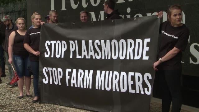 Los granjeros en Sudafrica temen por su vida