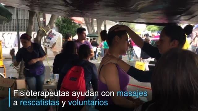 Los rescatistas realizaban los ultimos esfuerzos para encontrar sobrevivientes del terremoto de 71 que sacudio Mexico el martes