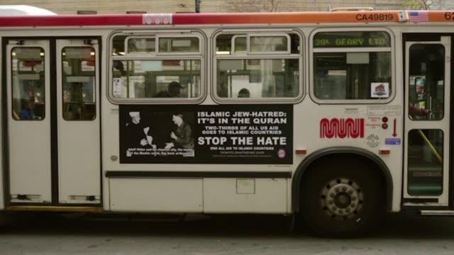 los residentes en san francisco han respondido con indignacion a la campana aparecida en los buses locales en la que se compara a los musulmanes con... - transporte stock videos & royalty-free footage