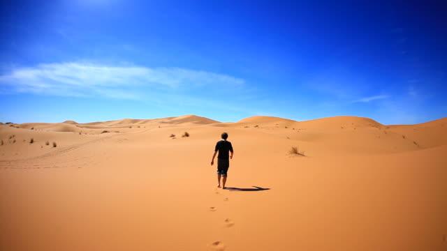 Lost und allein in der Wüste, HD-Videos