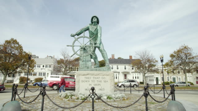 lost fisherman statue gloucester mass - gloucester massachusetts stock videos & royalty-free footage