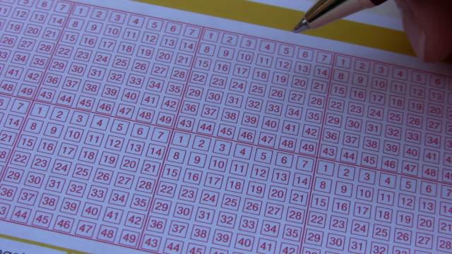 vídeos de stock, filmes e b-roll de equipamento de loteria - número 6