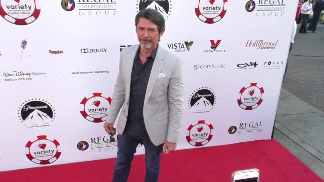 vídeos de stock, filmes e b-roll de lou diamond phillips at the 7th annual variety the children's charity of southern california texas hold 'em poker tournament on july 26 2017 in los... - texas hold 'em