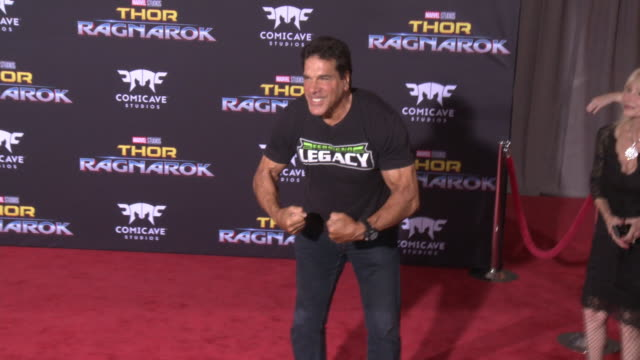 lou ferrigno at the thor ragnarok premiere at the el capitan theatre on october 10 2017 in hollywood california - thor: ragnarok stock videos & royalty-free footage