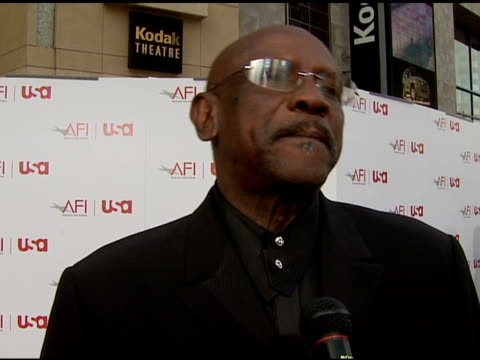 Lou Gossett Jr offers a congratulatory remark to Sean Connery on his thoughts on Sean Connery winning a Lifetime Achievement Award on what sets...
