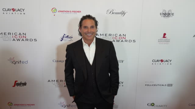 vidéos et rushes de lou rawls jr. at the american icon award at regent beverly wilshire hotel on may 19, 2019 in beverly hills, california. - regent beverly wilshire hotel