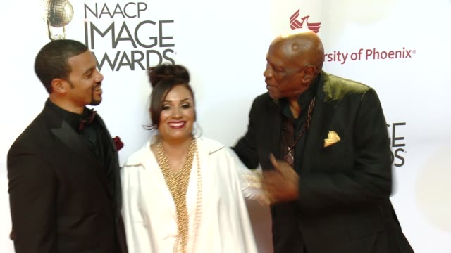 stockvideo's en b-roll-footage met louis gossett jr at the 46th annual naacp image awards arrivals at pasadena civic auditorium on february 06 2015 in pasadena california - pasadena civic auditorium