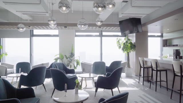vidéos et rushes de salon dans le bureau - bureau pièce