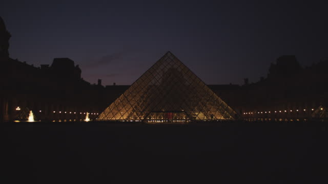 ms louvre museum courtyard at night with fountains / paris, france - louvre stock videos and b-roll footage