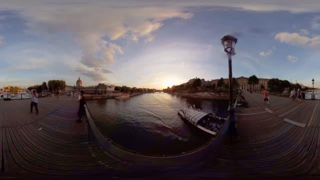 'Love Lock Bridge' Paris