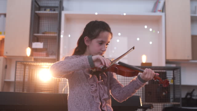 love playing violin - maestra video stock e b–roll