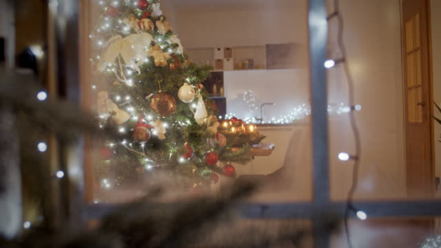 ls lovely decorated living room for the christmas night - christmas tree stock videos & royalty-free footage