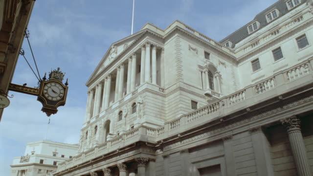 low angle PAN Bank of England building / London, England