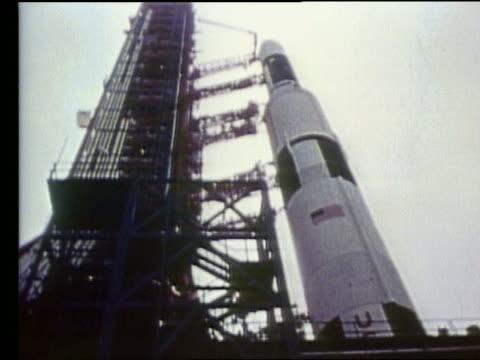 vidéos et rushes de low angle of apollo 17 rocket on launch pad - 1972