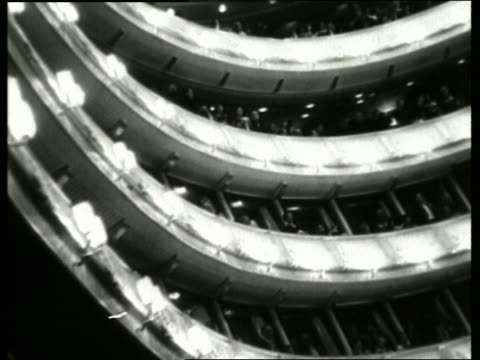 b/w low angle of people in balconies in vienna opera / no sound - オペラ座点の映像素材/bロール