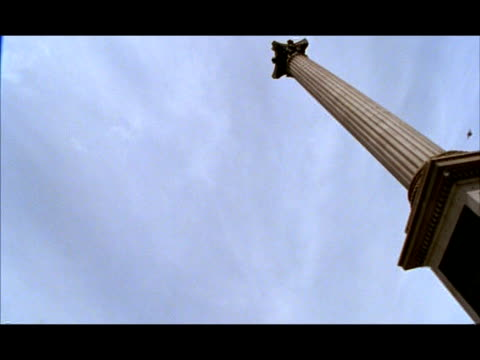 wa low angle, pan right nelson's column, london, england - nelson's column stock videos & royalty-free footage