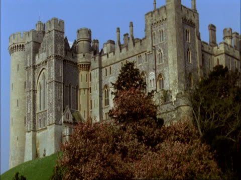 ms low angle view of arundel castle, sussex - arundel castle stock videos & royalty-free footage