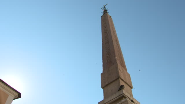 low angle view of the pantheon fountain obelisk and clear blue sky in piazza della rotonda, rome - fountain stock videos & royalty-free footage