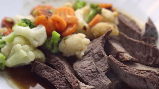 low carb meal of beef and vegetables - ketogenic diet stock videos & royalty-free footage