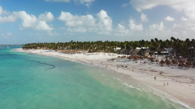 low elevation: white sand beach in punta cana - punta cana stock videos and b-roll footage