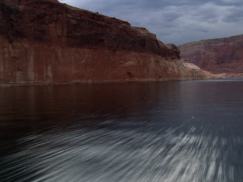 low flight over lake powell - artbeats stock videos & royalty-free footage