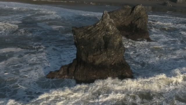 Low push to rocks on waves drone,120FPS slow motion, Ocean waves flying around pacific ocean