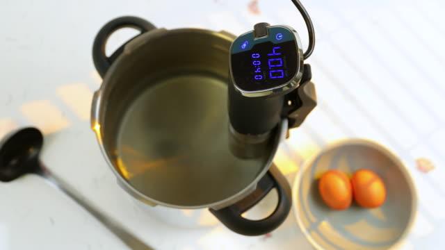 Low temperature thermal circulator