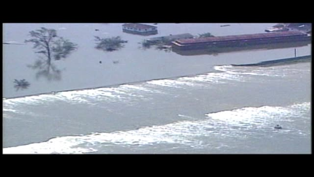 wgno lower 9th ward during hurricane katrina on august 29 2005 in new orleans louisiana - hurricane katrina stock videos and b-roll footage