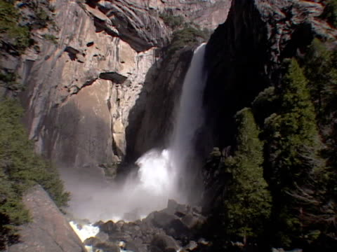 lower falls, yosemite national park - upper yosemite falls stock videos & royalty-free footage