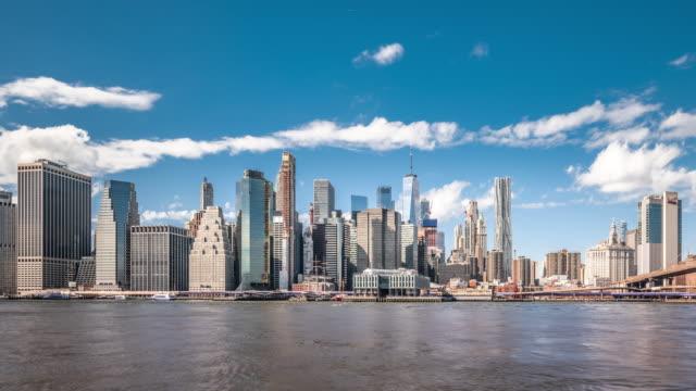 t/l ws pan lower manhattan and brooklyn bridge / new york city, usa - brooklyn bridge stock videos & royalty-free footage