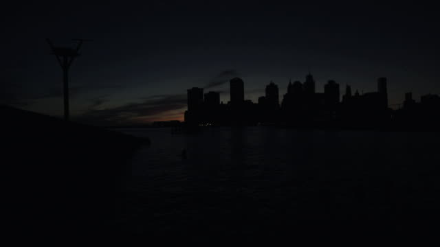 lower manhattan silhouette dusk - power cut stock videos & royalty-free footage