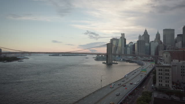 lower manhattan skyline view from manhattan bridge with wtc - wide stock videos & royalty-free footage