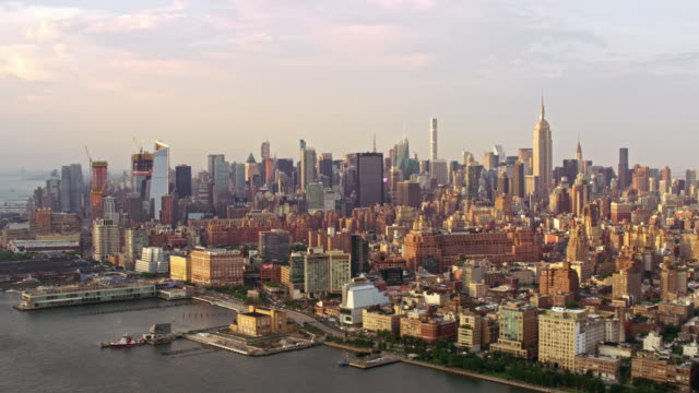 aerial lower manhattan - north america stock-videos und b-roll-filmmaterial