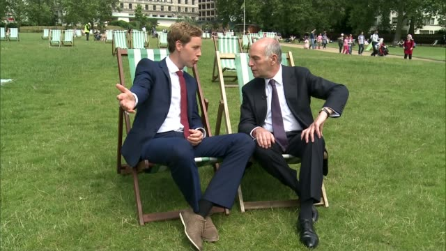 loyd grossman named new president of royal parks; green park: loyd grossman interview sot cutaway deer in richmond park / popel walkign through green... - loyd grossman stock videos & royalty-free footage