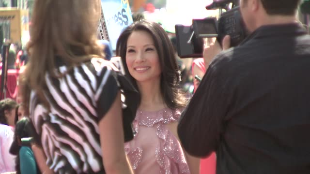 lucy liu at the 'kung fu panda' premiere @ chinese theater at hollywood california. - lucy liu stock videos & royalty-free footage