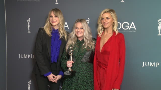 vídeos y material grabado en eventos de stock de lucy punch, marina toybina and eliza coupe at 22nd cdga at the beverly hilton hotel on january 28, 2020 in beverly hills, california. - the beverly hilton hotel