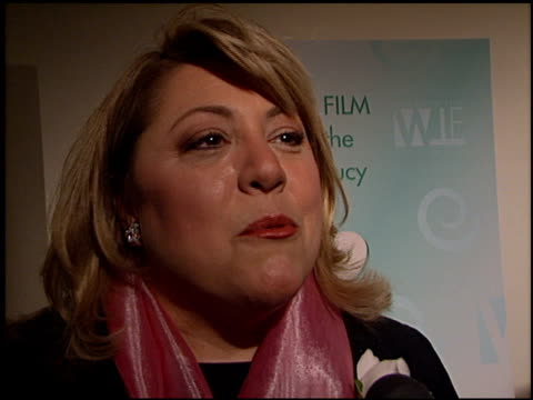 stockvideo's en b-roll-footage met lucy webb at the women in film awards at the century plaza hotel in century city, california on september 20, 2002. - century plaza