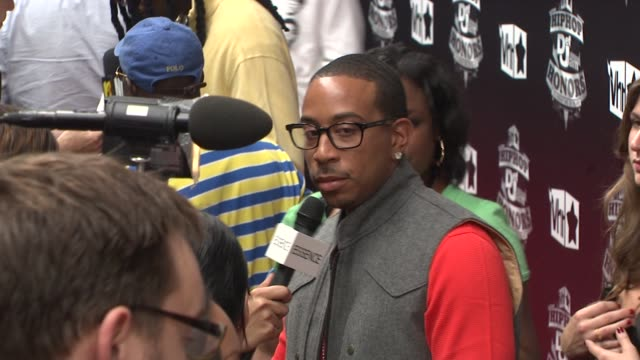 ludacris at the 2009 vh1 hip hop honors red carpet at new york ny - vh1 stock-videos und b-roll-filmmaterial