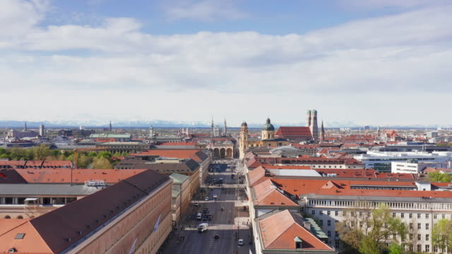 aerial ludwigstrasse in the center of munich, germany - wop productions stock-videos und b-roll-filmmaterial