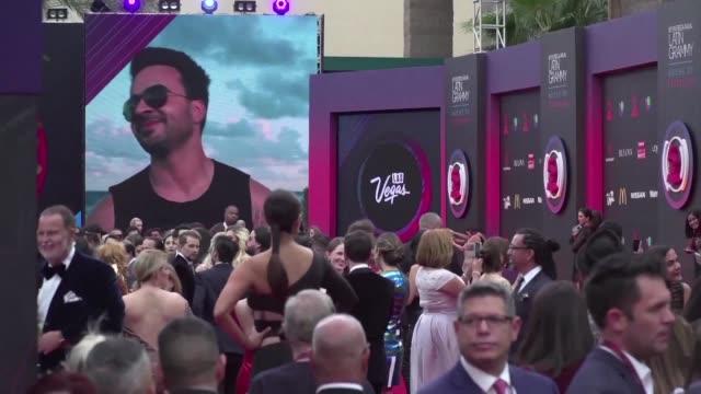 Luis Fonsi con su tema Despacito fue el gran ganador en la entrega de los Grammy Latino el jueves en los que los trabajos de Ruben Blades Residente y...