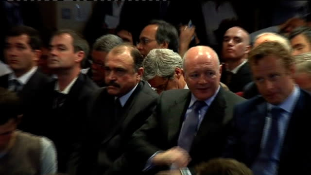 luiz fillipe scolari press conference cutaways more of scolari press conference peter kenyon sitting in audience - peter scolari stock videos & royalty-free footage