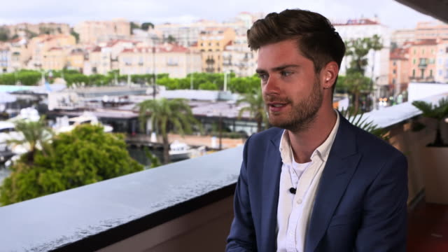 lukas dhont on what does he hope those who might be experiencing similar emotions as lara in girl will get out of film at 'girl' interviews - the... - 第71回カンヌ国際映画祭点の映像素材/bロール